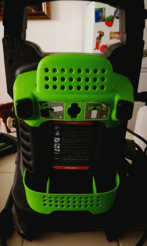 Electric Pressure Washers: Greenworks GPW 1501